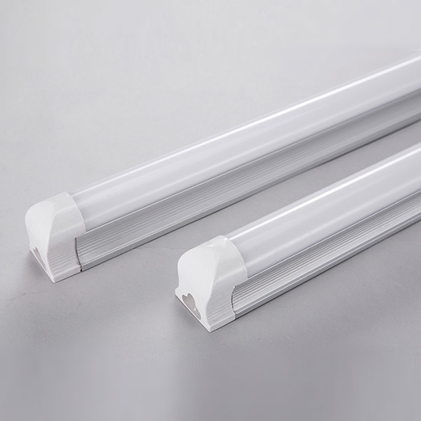t8-led-tube-light-02