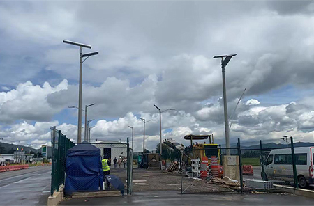 120W All In One Solar Street Light for Colombia Street